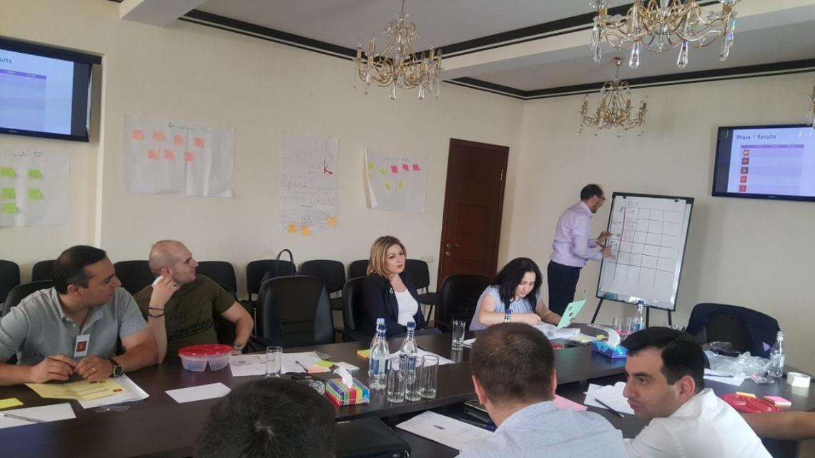 «Ռազմավարության ձևավորում և ղեկավարում» թեմայով սեմինար Հայաստանի բանկերի միությունում